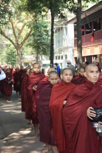 Mönche Myanmar